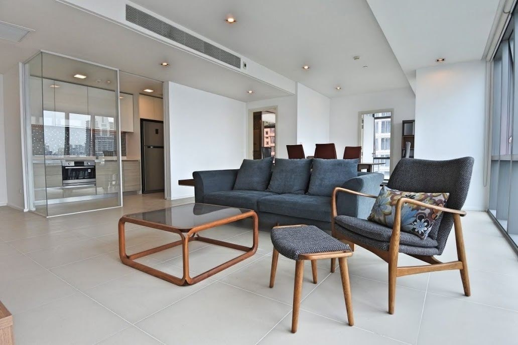 2 bedroom condo with terrace for sale at The Room Sukhumvit 21 - Condominium - Khlong Toei Nuea - Asoke