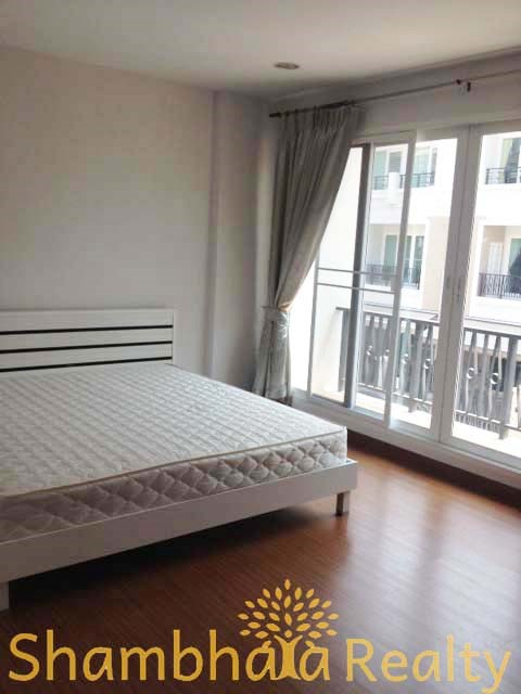 Townhouse for Rent: Thanon Chan, 3 Bedroom  - Town House - Thung Maha Mek -