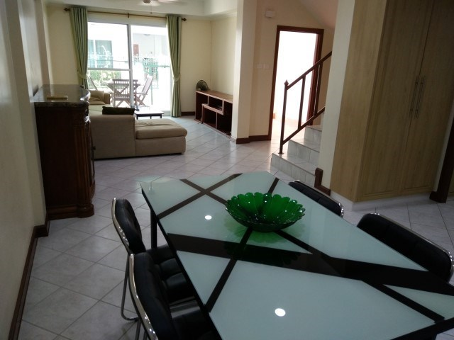 Suwattana Garden Village - Town House - Pattaya East - East Pattaya