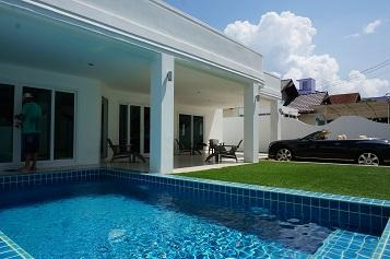 4 bedrooms House for rent - House - Na Kluea -