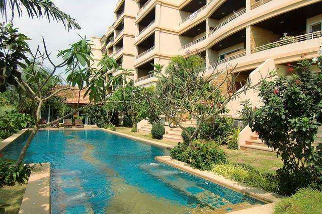 Condominium  For Sale  Pratumnak  - Condominium - Pratumnak Hill - Cosy Beach